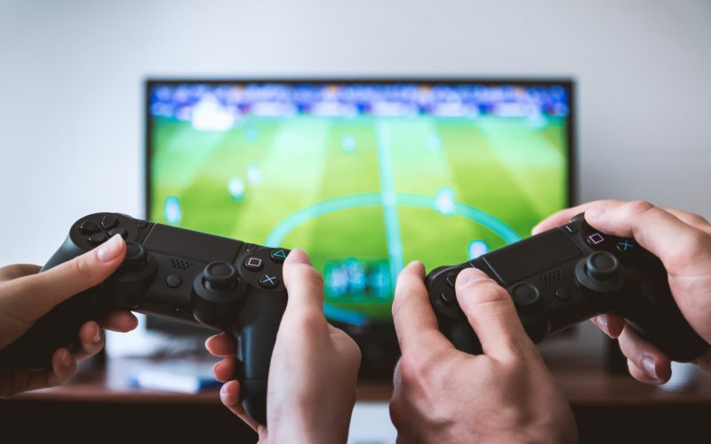 Ignore the Doubt: You Can Make a Living Playing Video Games